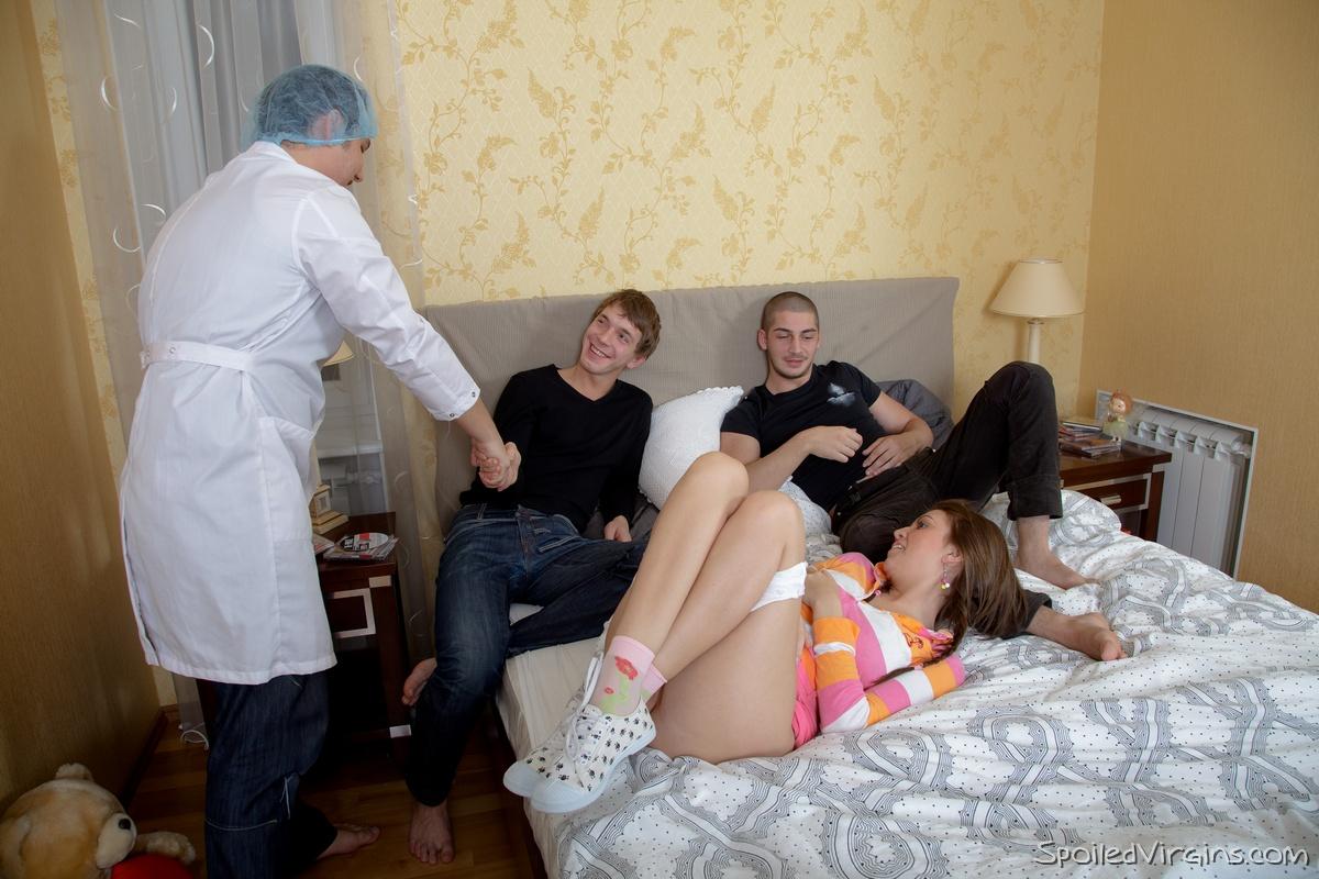Смотреть порно секс жестоки секс у гинеколога 25 фотография