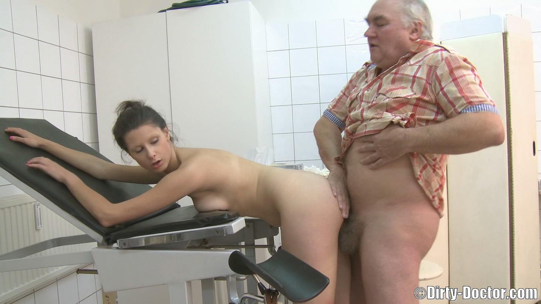 Секс порно доктора 16 фотография
