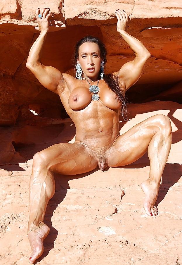 Смотреть порно онлайн бабы с мышцами 7 фотография