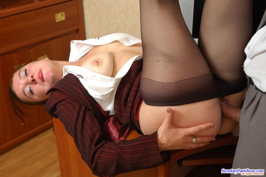foto-seks-sekretarsh-v-kolgotkah