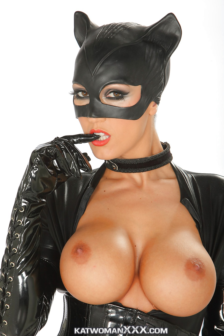 Catwoman mobil porn hentai scene