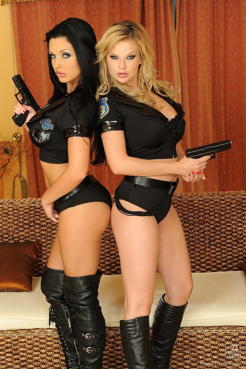 Секс фото полицейских 19 фотография
