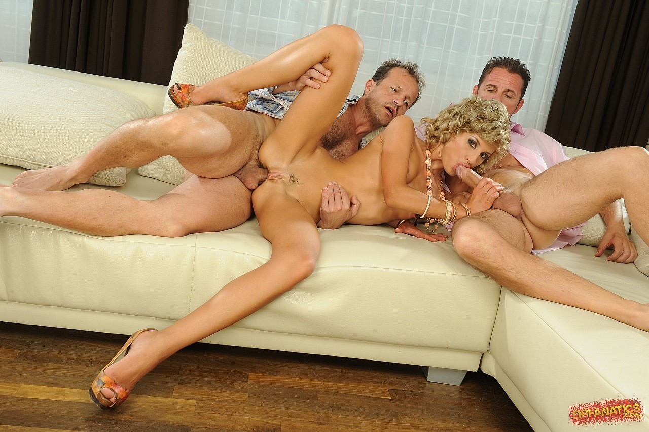 porno-video-orgazm-s-gruppovuhoy