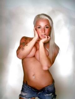 malou stella nøgen porno gangbang