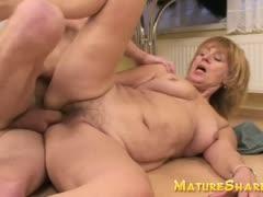 plump-amateur-granny-in-hardcore-porn