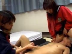 tokyo-ffm-threesome-in-hotel-room