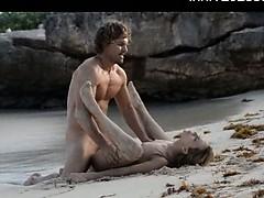 sleek-art-sex-of-horny-couple-on-beach