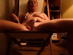 showing-you-her-wet-pussy