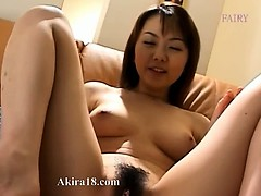 vagina-opening-from-asian-18-years-old