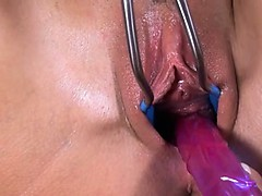 czechian-model-tess-gaping-ultra-snatch