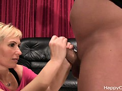 milf-cock-massage-the-warming-up