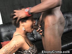 chubby-black-hood-whore-getting-her-face-fucked