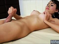 slender-tgirl-sugar-a-solo-masturbation-until-she-unloads