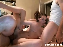 hot-teen-in-threesome