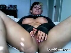 chubby-girl-teasing-her-pussy