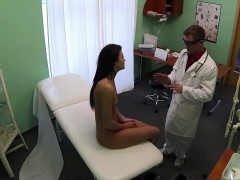 patient-gets-her-pussy-licked-by-the-doc-and-nurse