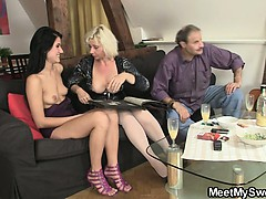 his-mother-starts-dirty-game