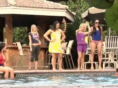 bikini-femdom-babes-taunt-losers