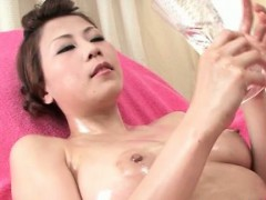Asian Teen Slippery Oil Pussy Massage