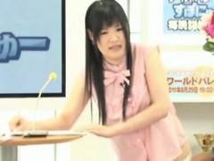 japanese-cutie-fingered-on-tv