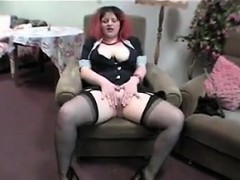 thick-housewife-getting-her-pussy-wet