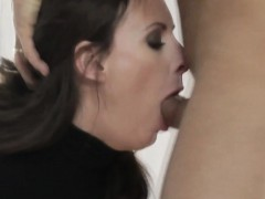 mature-euro-slut-picks-up-stranger-for-fuck
