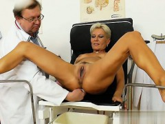 hot-cowgirl-first-time-anal