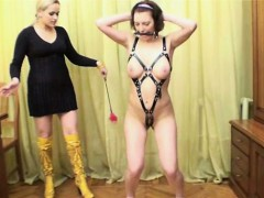 special-naked-training-for-slave-girl