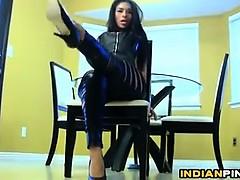 indian babe in leather pants being a tease – نيك بنت هندية نيك بكل الاوضاع