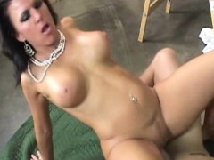 sexy-milf-kendra-secrets-gets-ass-fucked