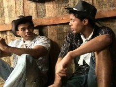 beefy-cowboys-having-hardcore-sex-in-barn