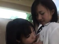 cute-japanese-schoolgirls-being-naughty
