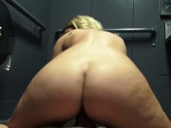 blondie-dixie-belle-gets-picked-up-by-a-random-stranger