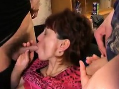 mature russian in a foursome with young guys – سكس نيك روسي