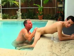 gay-guys-brett-anderson-is-one-fortunate-daddy-he-s-met-up