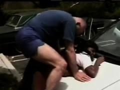 black-hooker-fucked-outdoors-on-a-car