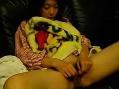 cute-asian-girl-shows-off-her-pussy