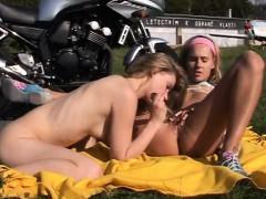 download-free-3gp-teen-pinoy-gay-video-young-girl-on-girl-bi