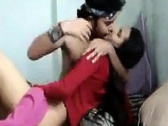 Teen Indian Giving Her Boyfriend Head