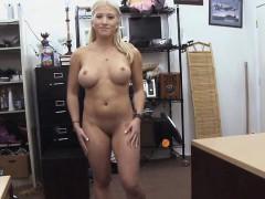 pornstar-did-lap-dance-and-got-money