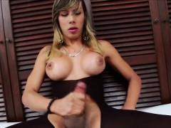 sexy-tgirl-keycee-plays-her-boner-alone