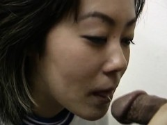 Rie Takasaka Has Hairy Slit Fucked With Vibrator At Medical