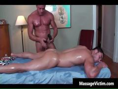 super-hot-bodied-guy-gets-oiled-for-gay-part1
