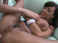 Sexy Lisa Ann having her pussy get licked