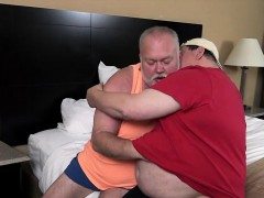 big-daddies-hooking-up