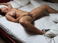 met-this-hot-wife-from-sexymilfdate-net