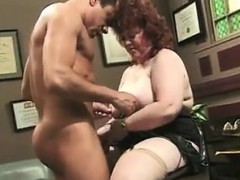big-mature-lady-fucking-in-the-office