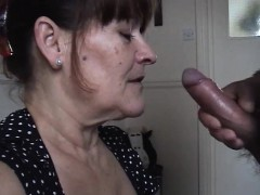 mature-wife-takes-a-huge-oral-cream-pied