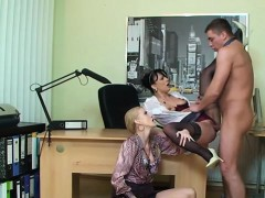 glamour-model-anal-creampie