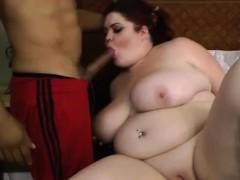redhead-fatty-show-her-boobs
